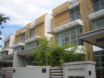 6 Terrace Houses at Harvey Avenue