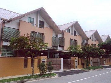 8 Terrace Houses at Jalan Nira